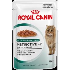 Royal Canin INSTINCTIVE +7 для кошек старше 7 лет желе/соус
